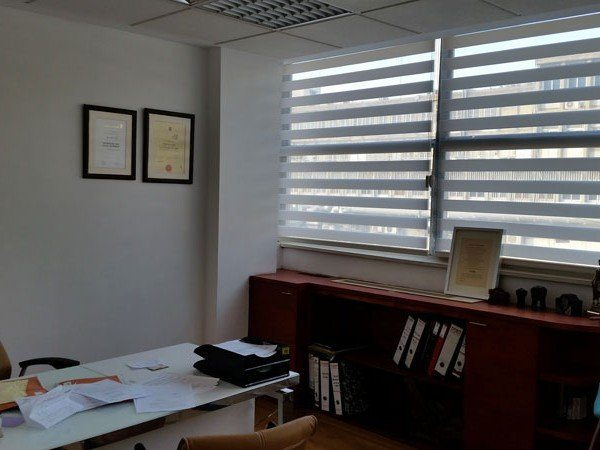 וילון סאן סטריפ למשרד