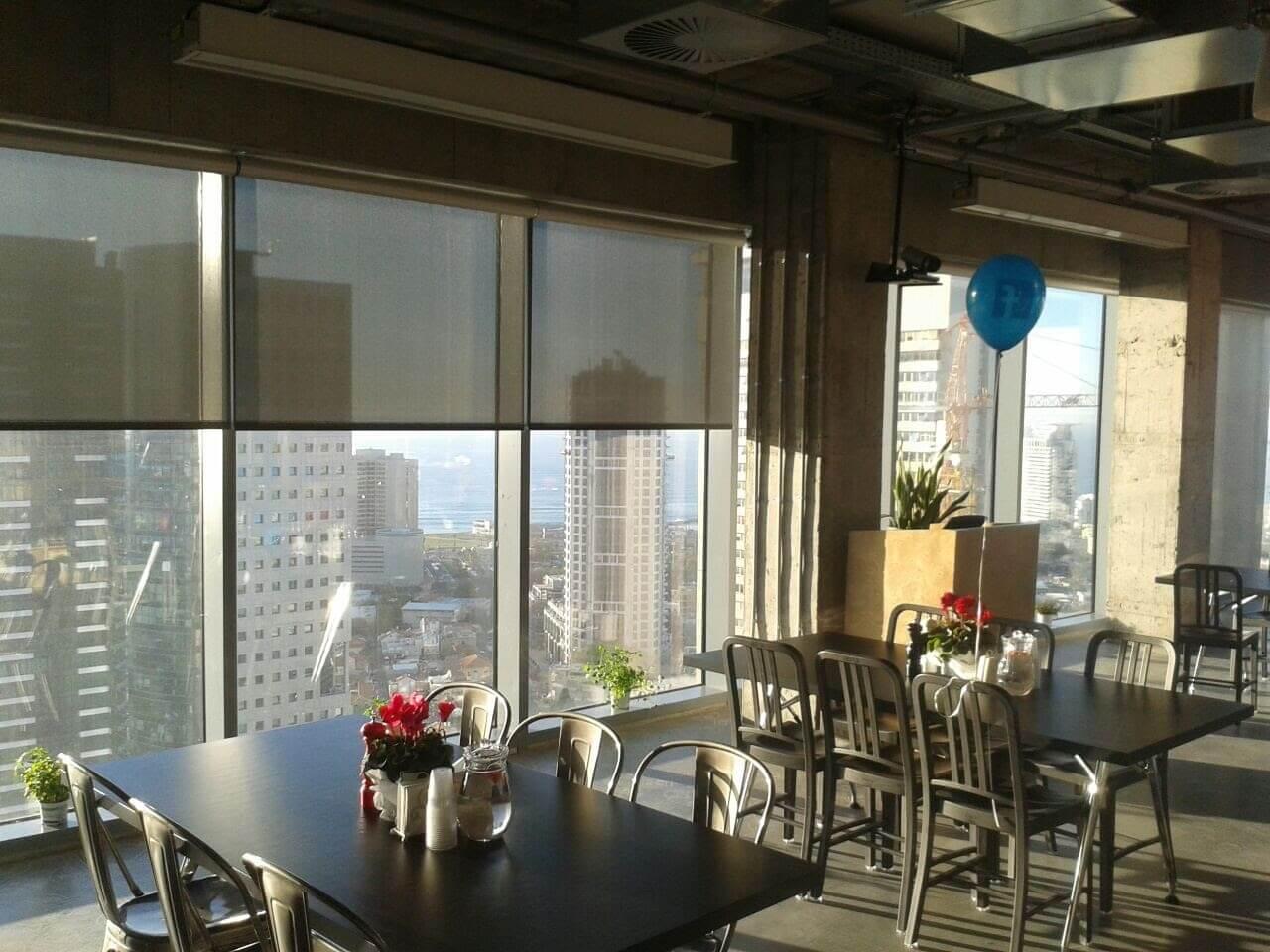 וילונות מגוונים עבור בנייני משרדים ברחבי הארץ