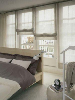 וילון רומיים בחדר השינה